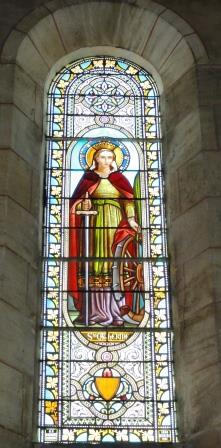 Vitrail de Sainte Catherine dans l'église Saint-Seurin Vendays Montalivet