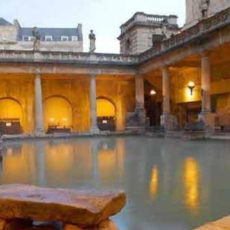 a arquitetura romana termas bath