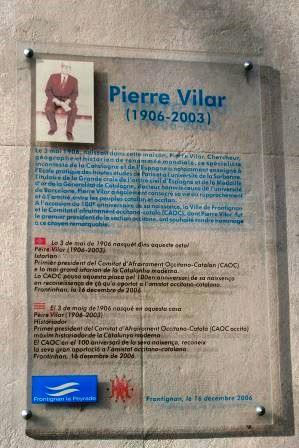 Passado e Presente Pierre Vilar