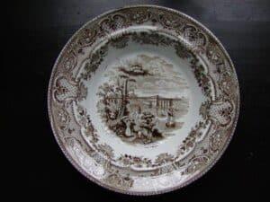 diferença entre porcelana e cerâmica